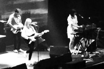 Alvvays e Spinning Coin no Roundhouse. Ou: como se a Pelvs abrisse um show do Kid Abelha