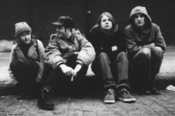 Boyracer prepara álbum novo e lança versão de Beat Happening