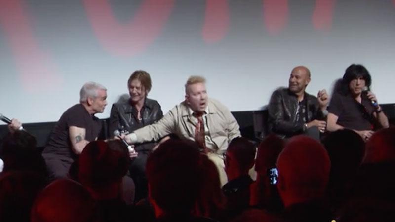 O dia em que Johnny Rotten, Marky Ramone e Henry Rollins quase cairam na porrada