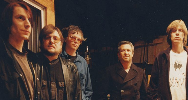 Superbanda com integrantes do Sonic Youth, Stooges e Mudhoney fazendo cover do Stooges